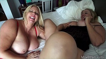 Blonde sluts lesbians - Naughty hotel milfs