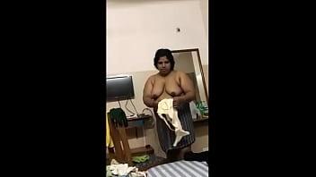Mallu ammachi nude show