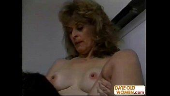 Порно фильм старой женщины
