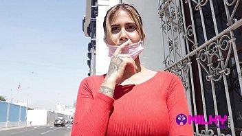 Yorgelis hermosa Tetona venezolana deja plantado al novio por una falsa sesión de fotos con el tío Milky