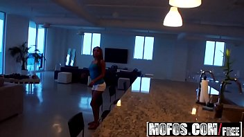 Mofos - Latina Sex Tapes - Pent-Up Lust in the Penthouse starring Gulliana Alexis