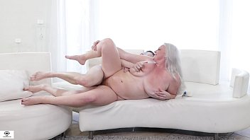 Cameron Skye Huge Tits Insatiable BBW porno izle