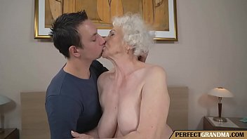 Jong boobs - Young man fucks a really old mother