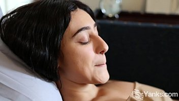 yanks violet s slow sensitive ride to orgasm