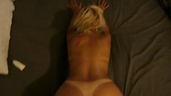 Esposa argentina 45 años muy cojible...