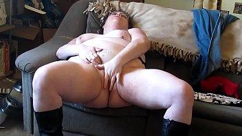 Mary Jane&#;s First Video. My X-mas live webcam show: 4xcams.com