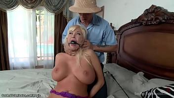 Huge Boobs Housewife Fucked In Bondage