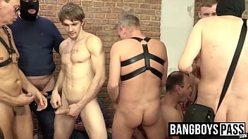 Hunks and twinks barebacking during amateur orgy