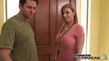 Sara Jay swallows a ride-share drivers load! Naughty America thumbnail