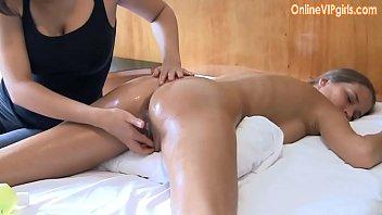 Innocent big ass brunette gets a fisting happy ending massage