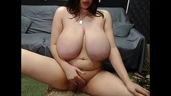 Thick big boobs pregnant milf free cam show