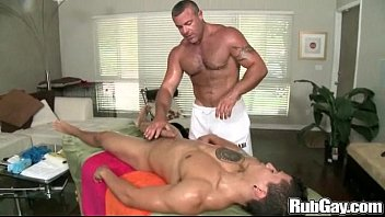 Rubgay hot guy massage