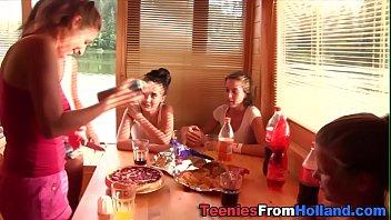 Dutch teen fingers lez