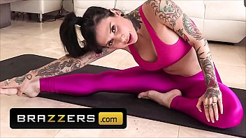 Tattooed PAWG (Joanna Angel) Takes A Hard Anal Pussy Fucking - Brazzers
