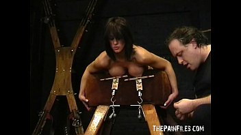 Amateur bdsm and big tit of sado masochistic english slavegirl Danii Vorschaubild