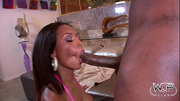 Hot chicks getting it in ass Oily porsha carrera loves to ride big ones