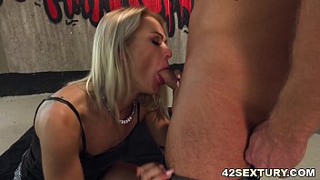 Cherry Kiss loves anal sex in hard way
