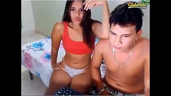 Young couple is playing a dirty game in front of the webcam camtube69.ml