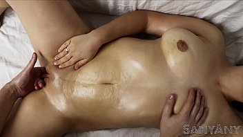 Inserting finger into vagina - If masseur inserted his fingers into the vagina with oil sanyany massage