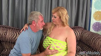 Old model tgp Big titty plumper amazon darjeeling gets her asshole drilled