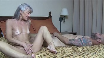 Milf Has Slave Worship Her Ass TRAILER