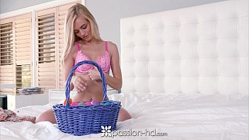 Passion-HD - Alex Grey finds a indecent way to have fun with Easter eggs
