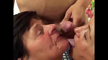 Cum drooling out - Momswithboys - sexy blonde mom sucking new boyfriends cock