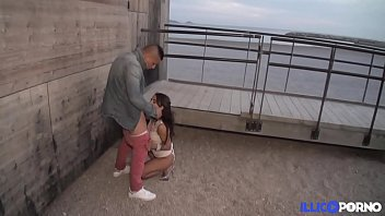 Ils Baisent En Public, Sur La Plage De Marseille [Full Video] Illico Porno