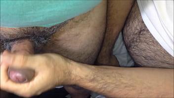 Gay bear handjobs tube - Boléia punhetinha