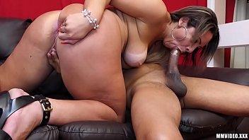 BBW MILF with Giant Ass - fionnaandjimmy thumbnail