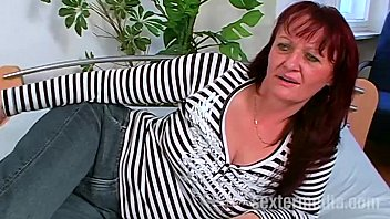 Oma Helga und der Jungboy - Deutschporno