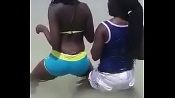 Girlls fuck ass - Kenyan girlls having fun