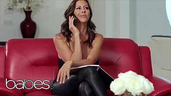 Big tit mommy (Alexis Fawx) rides some big cock - BABES