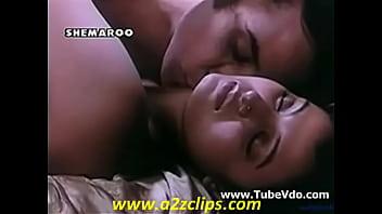 Rani Mukherjee Hot Kiss scene - XVIDEOS COM