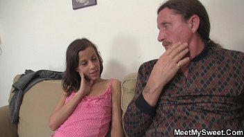 Fuck my dada - Hot girl seduces old dad into pussy licking