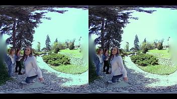 Four Girl Vr