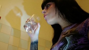 Beth Kinky - Slave watching his domina brushing her teeth pt2 HD