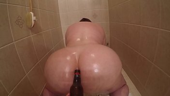 Marcy Diamond getting fucked with a beer bottle in the shower's Thumb