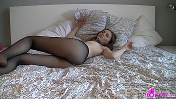 Babe In Thin Bl ack Socks Masturbates rbates