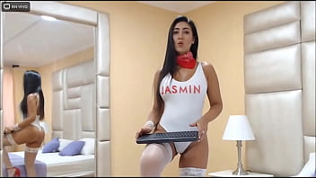 LaurenVenezs-  I'_m in my room very sexy for you