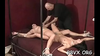 Clip move porn - Frisky honey cant move as large guy stimulates her tight pussy