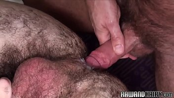 Hairy wolf doggystyle drilling tight ass