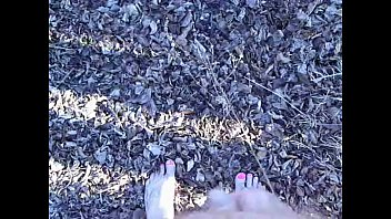 Leave naked vid Outdoor piss spraying verification video