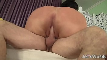 Air cum - Brunette fatty aire fresco loves fat dick