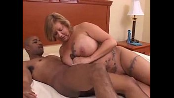Older blonde gets bbc