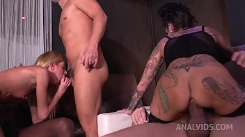 Swinger Club Orgy with Rebecca Volpetti & Yemaya Gonzalez (3on2 DP, swallow, ATM) MS001
