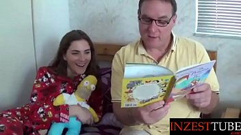 Inzesttube.com - Daddy Reads Daughter a Bedtime Story...