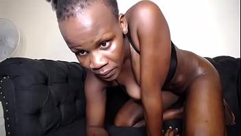 African Mom Webcam