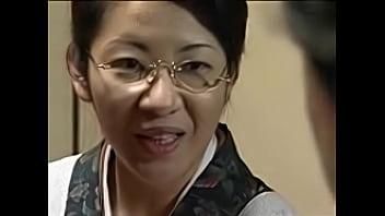 【ヘンリー塚本】亡き娘の夫におねだりして抱かれる五十路の熟女義母。淫らな関係、絶頂イキ母子相姦