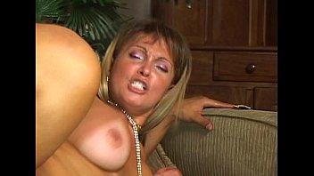 Free shemale videos Wildlife - fucked by a tranny vol3 - scene 2 - video 2
